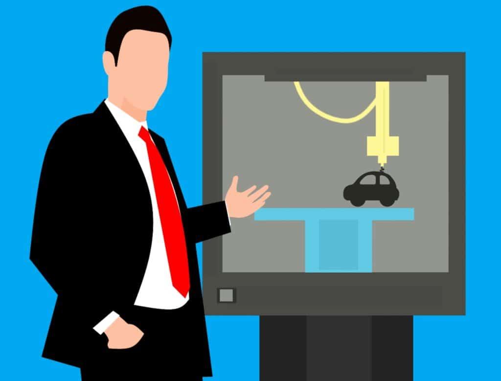 Online-Vertriebsberatung | Ein Mann steht vor einem Monitur und hält eine Verkaufspräsentation.